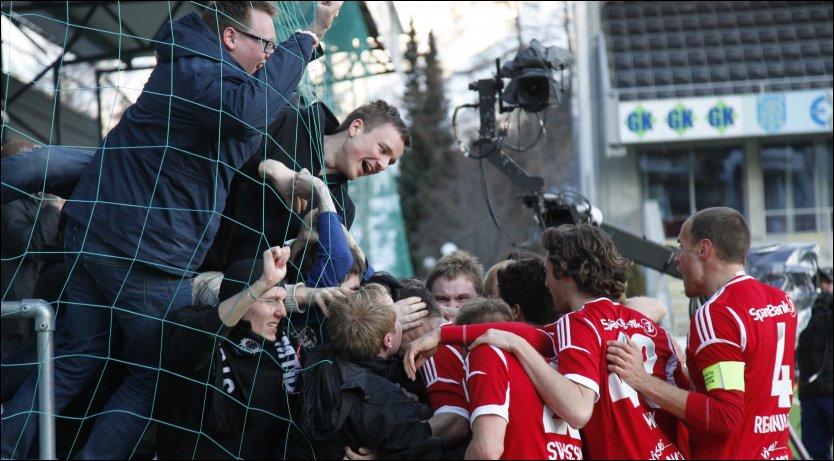 Rosenborgs målfeiring med Kjernen i Sogndal, 7. april 2013.